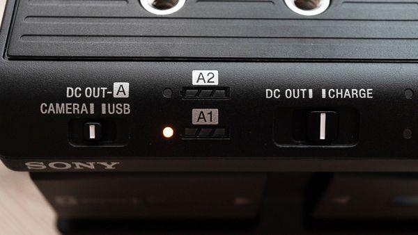 NPA-MQZ1K の充電ランプ