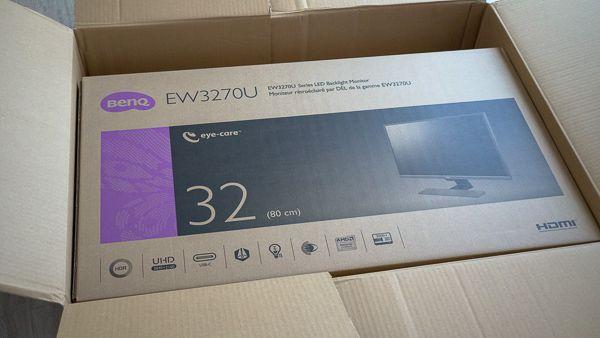 BenQの2018年最新4K液晶ディスプレイ EW3270U