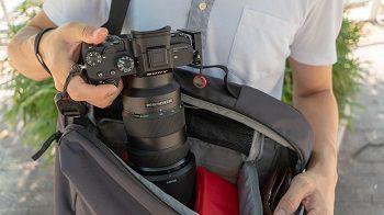 カメラバッグ購入前に知っておきたいコトと人気のカメラバッグ3選