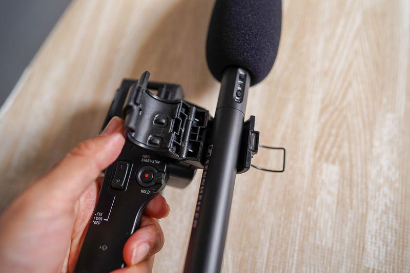 ゼンハイザーMKE600をソニー業務用カメラに搭載する