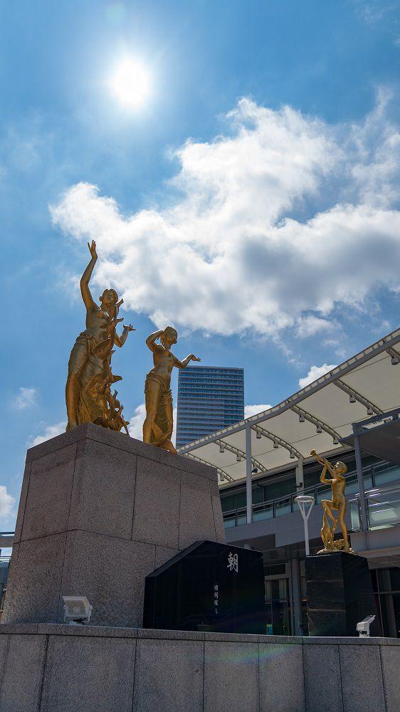 Lightroomで編集した広島駅前の銅像