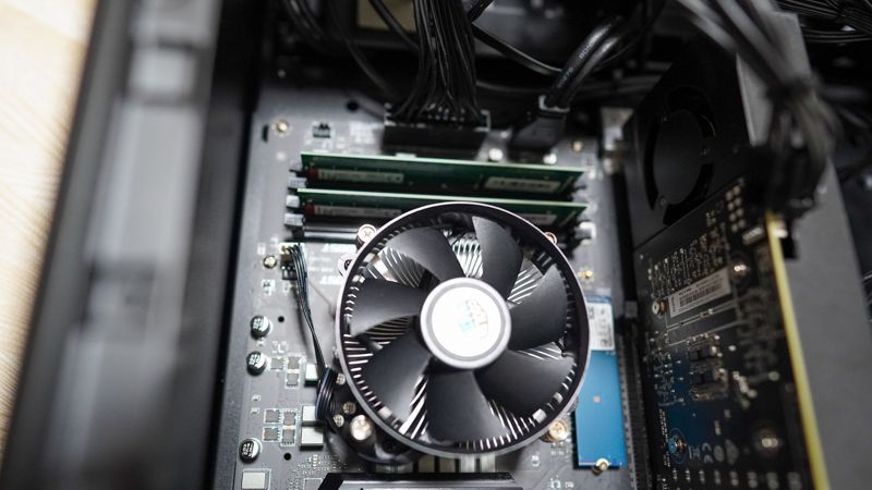 Core i7 9700K+CPUクーラー